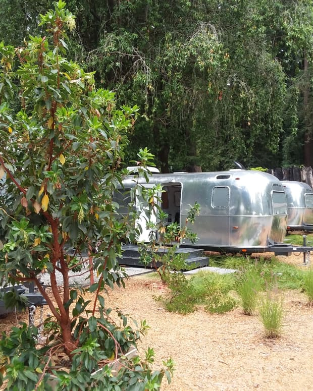 auto-camp-glamping-russian-river-near-guerneville-sonoma-california