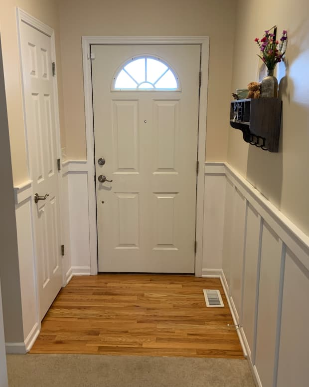 board-and-batten-entry-way-wall-update-diy-home-project