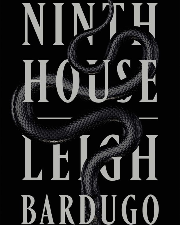 the-ninth-house-a-spooky-tale-of-ghosts-murders-and-secret-societies