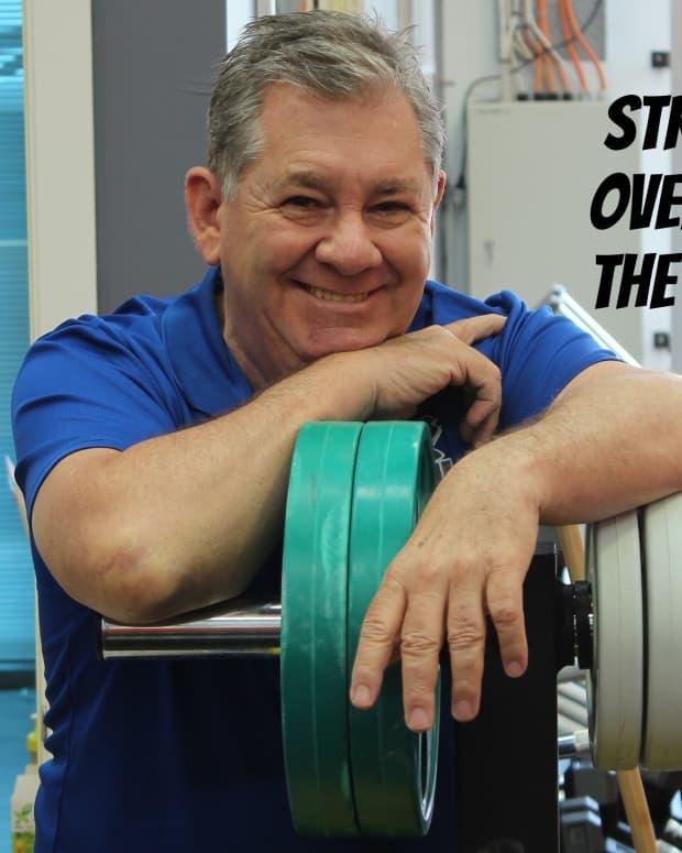 over-50-lift-weights-deadlift
