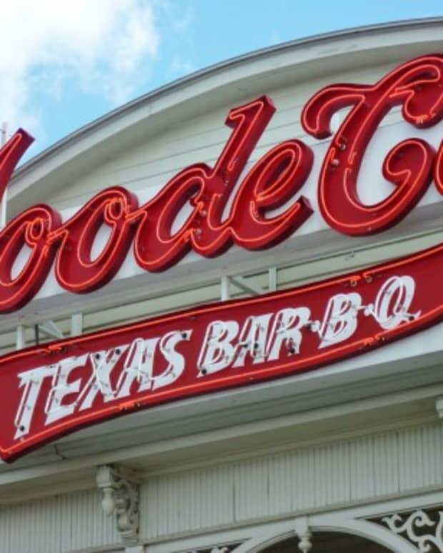 goode-co-texas-bar-b-q-a-feast-for-kings-or-cowboys