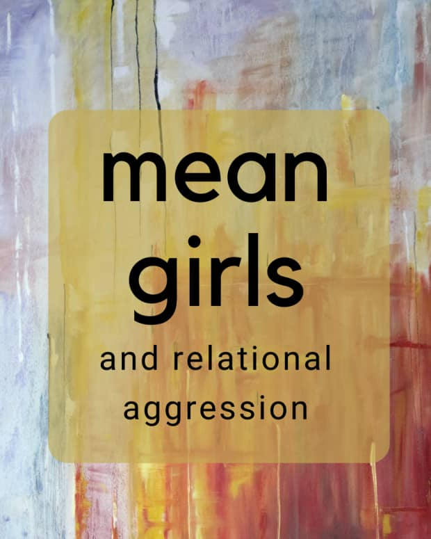 the-psychology-of-mean-girl-cliques