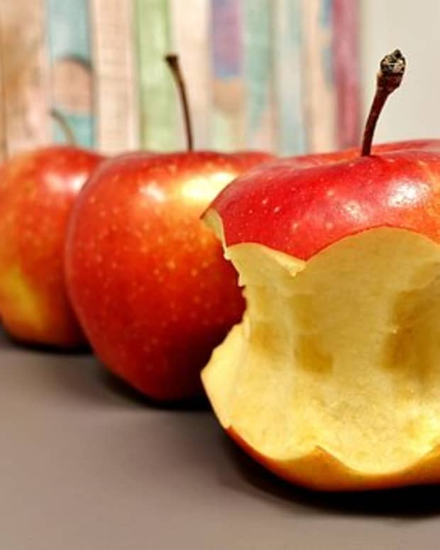 daily-granny-gram-have-an-apple-day