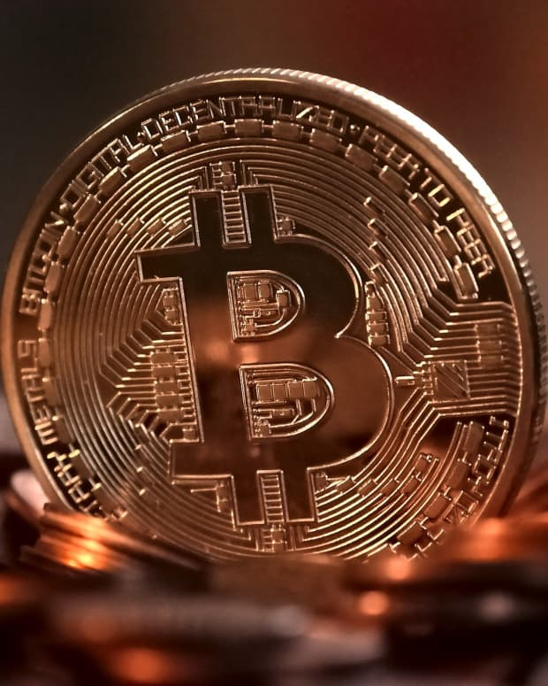 what-experts-are-saying-about-bitcoin-in