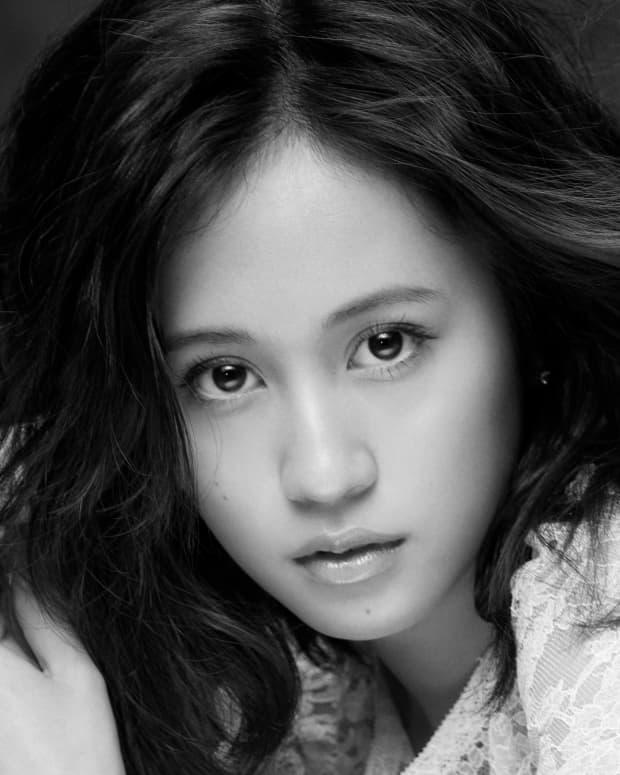 review-of-the-album-selfish-the-debut-solo-album-by-pop-singer-atsuko-maeda