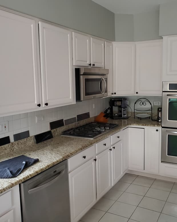 tips-for-repainting-kitchen-cabinets