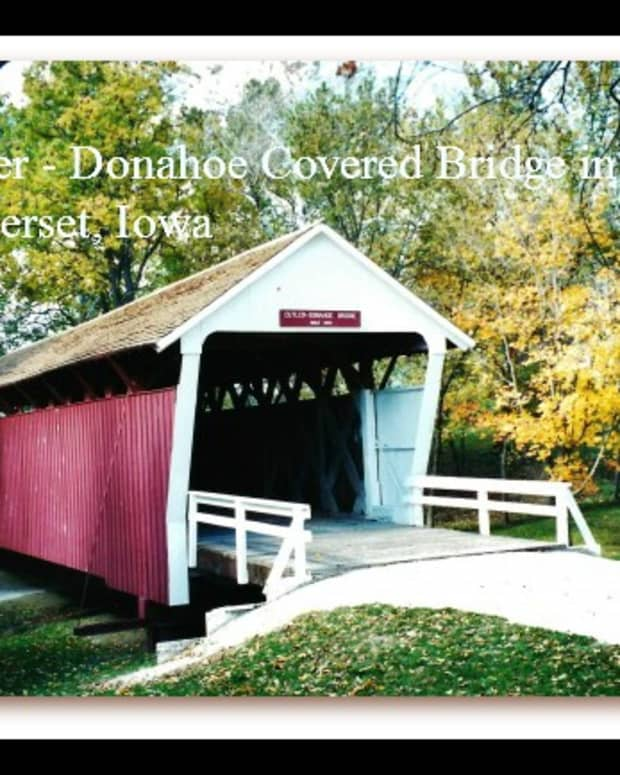 winterset-iowa-photos-of-city-park-with-covered-bridge-and-pioneer-log-cabin