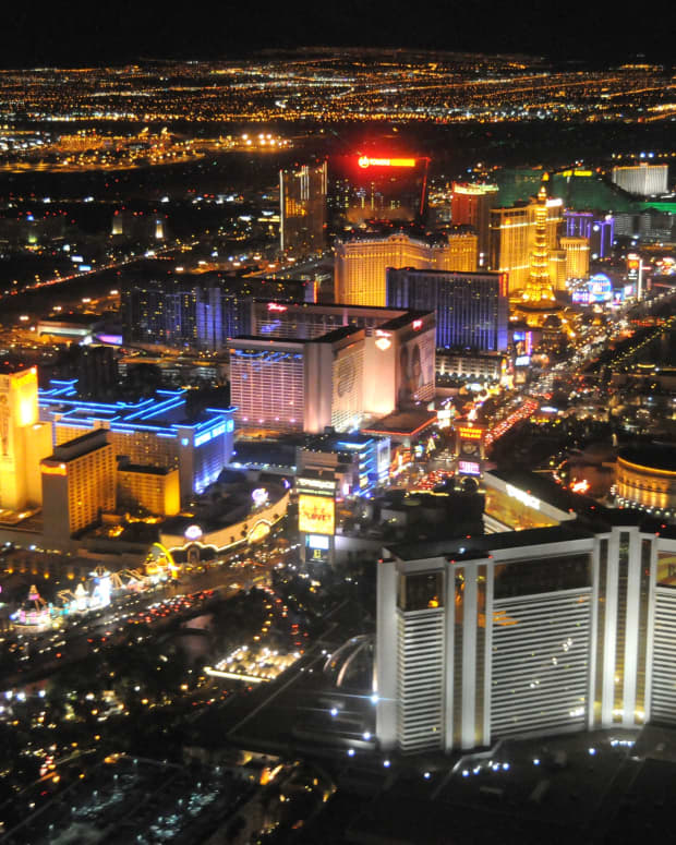 the-best-hotels-for-a-good-walk-in-las-vegas