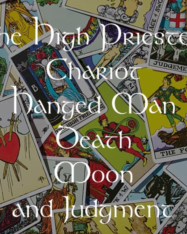 high-priestess-chariot-hanged-man-death-moon-and-judgment-water-elemental-cards-in-tarot