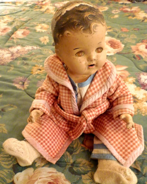 my-mother-cherished-her-dionne-quintuplet-doll