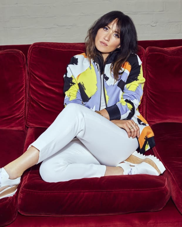 kt-tunstall-and-the-extinction-of-the-dinosaurs-an-interview