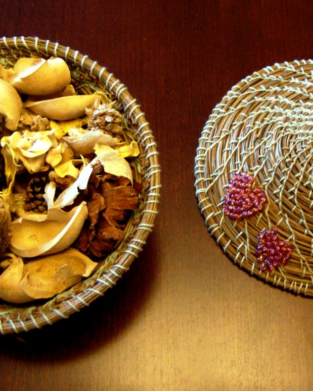 pine-needle-baskets