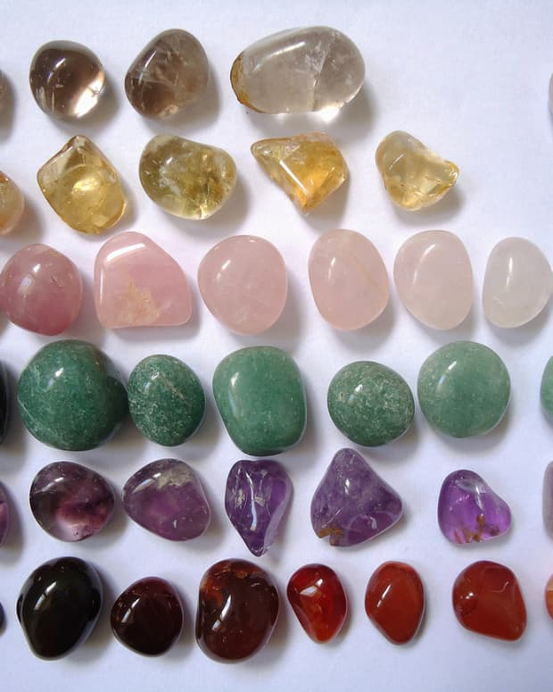 five-methods-of-cleansing-crystals