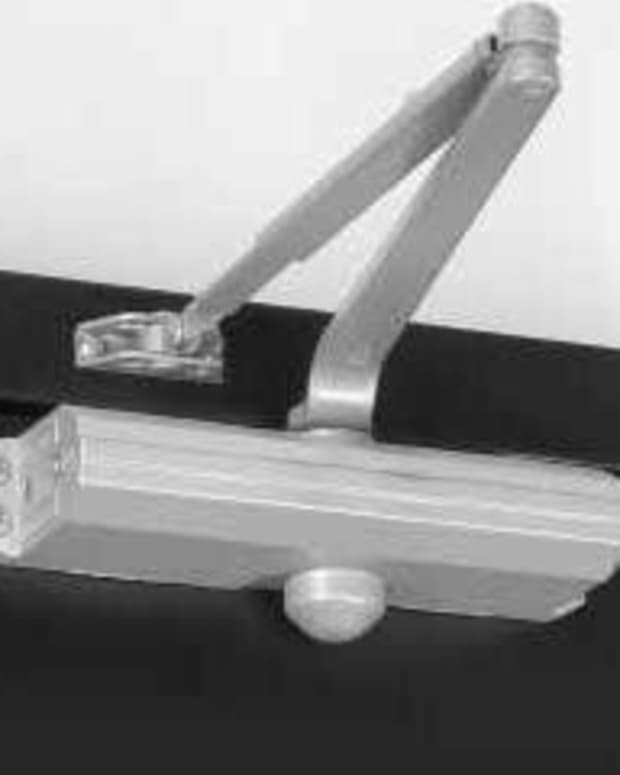 Surface mounted closer, standard mount.