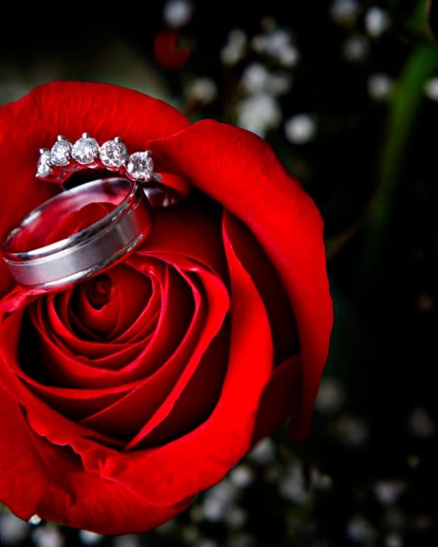 tungsten-carbide-wedding-bands