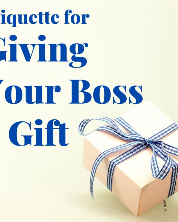 boss-gift-etiquette-business