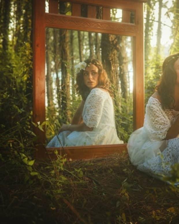 mirror-her