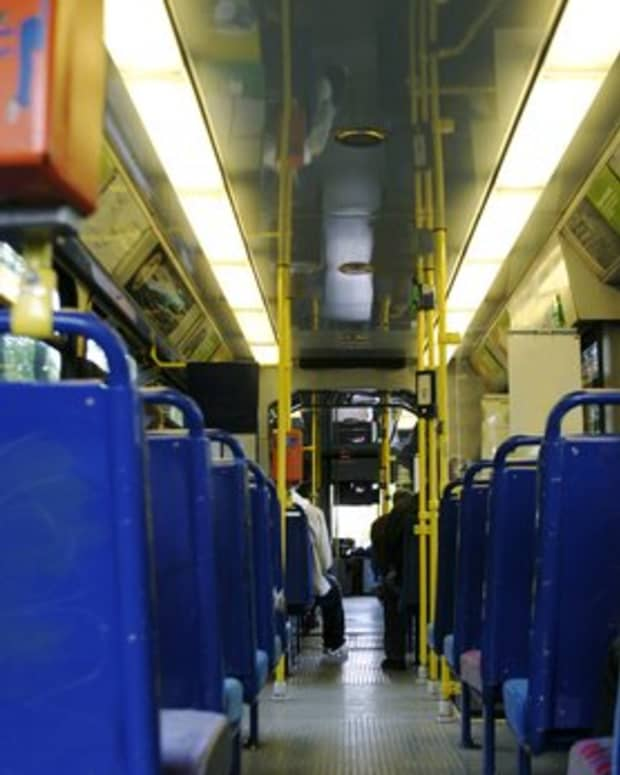 how-to-get-people-to-ride-public-transportation
