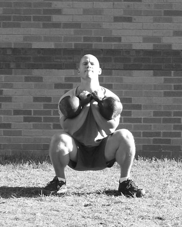101-kettlebell-workouts-german-volume-training