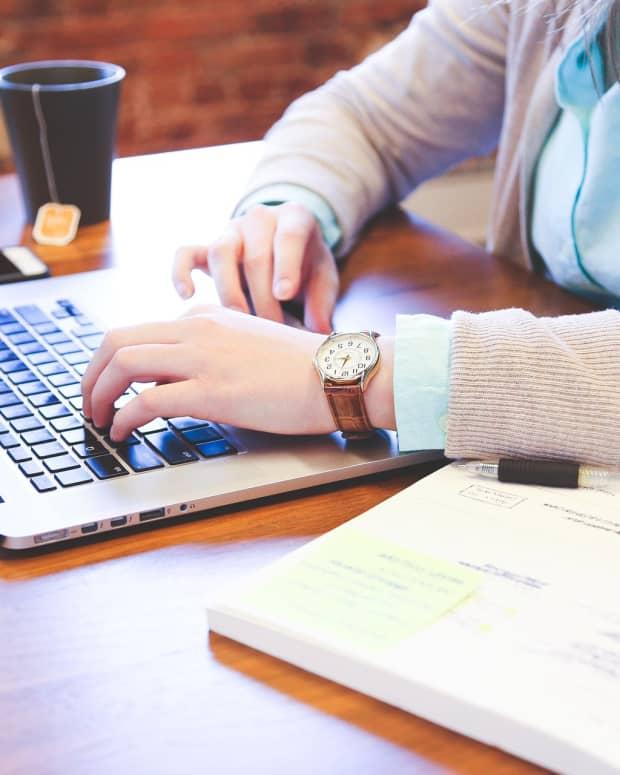 get-that-job-professional-blogger