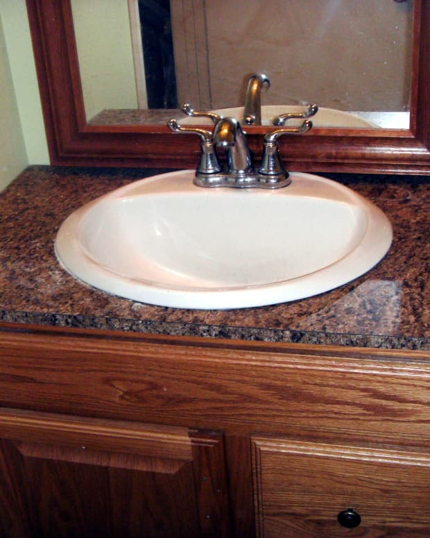 how-to-install-laminate-formica-for-a-bathroom-countertop