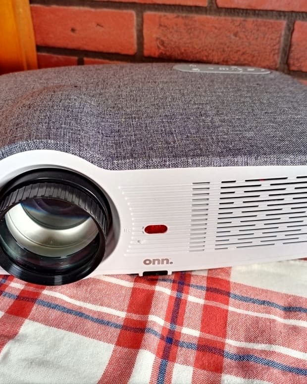 review-of-the-onn-720p-hd-projector