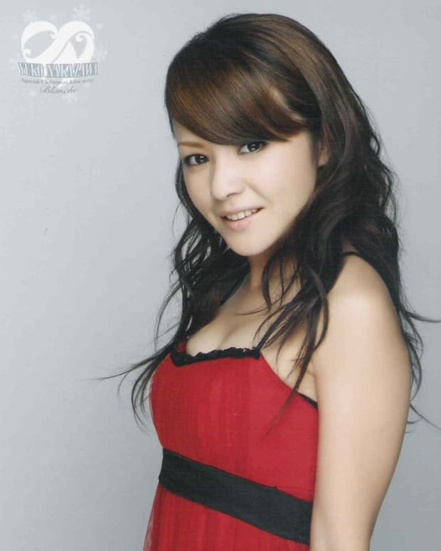 interesting-life-career-of-yuko-nakazawa-beautiful-singer-actress-that-was-a-member-of-girl-group-morning-musume