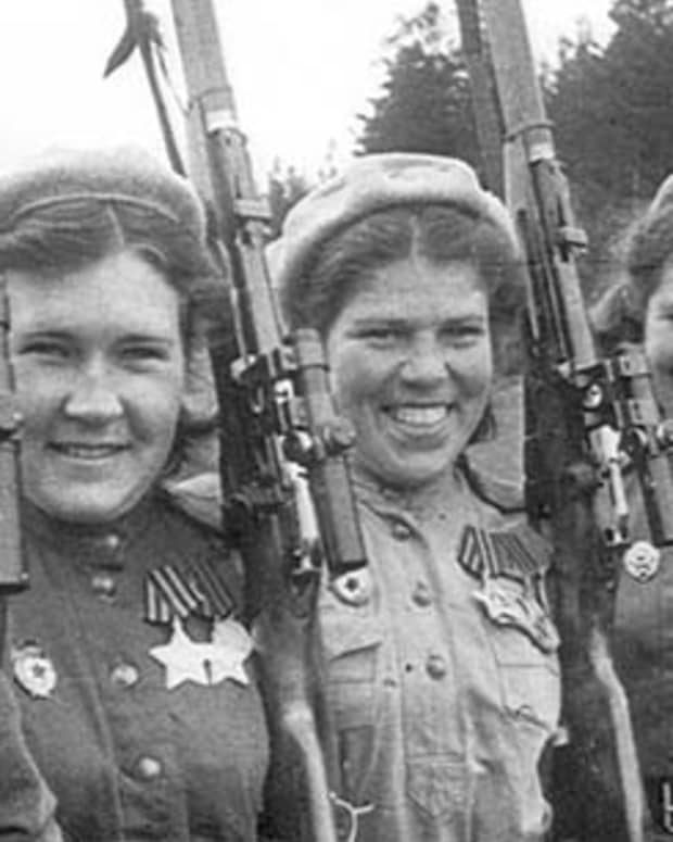 captured-soviet-female-soldiers-how-did-the-germans-treat-them