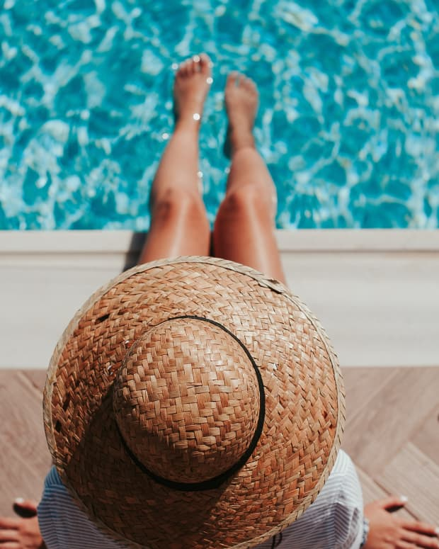 how-to-enjoy-the-summer-if-you-dont-like-the-heat-and-the-advantages-of-being-single-during-the-summer