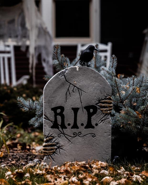 funny-tombstone-sayings