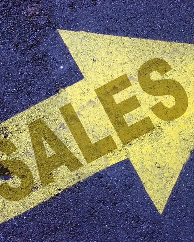 marketing-ploys-retailers-use-to-get-you-to-spend-more
