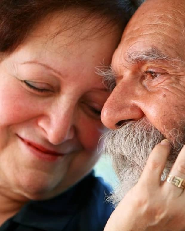senior-citizen-dating-is-like-high-school-dating