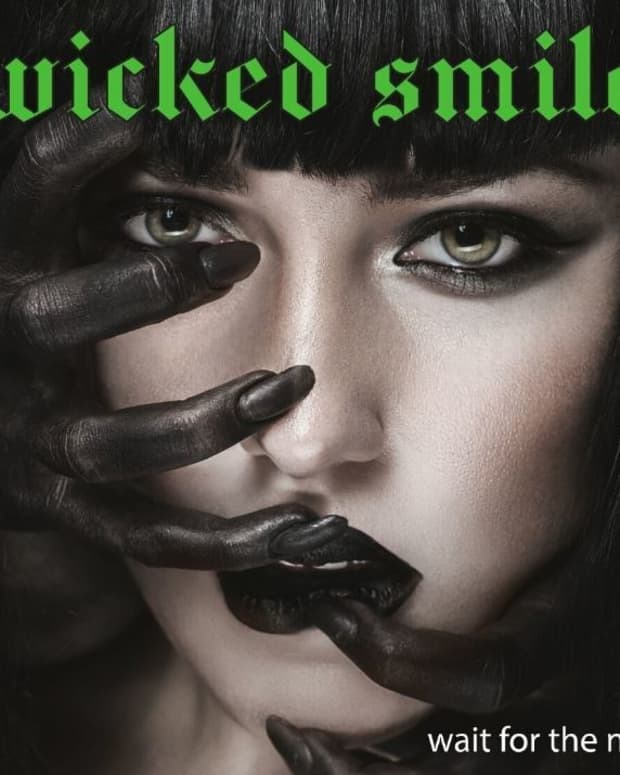 wicked-smile-wait-for-the-night-album-review
