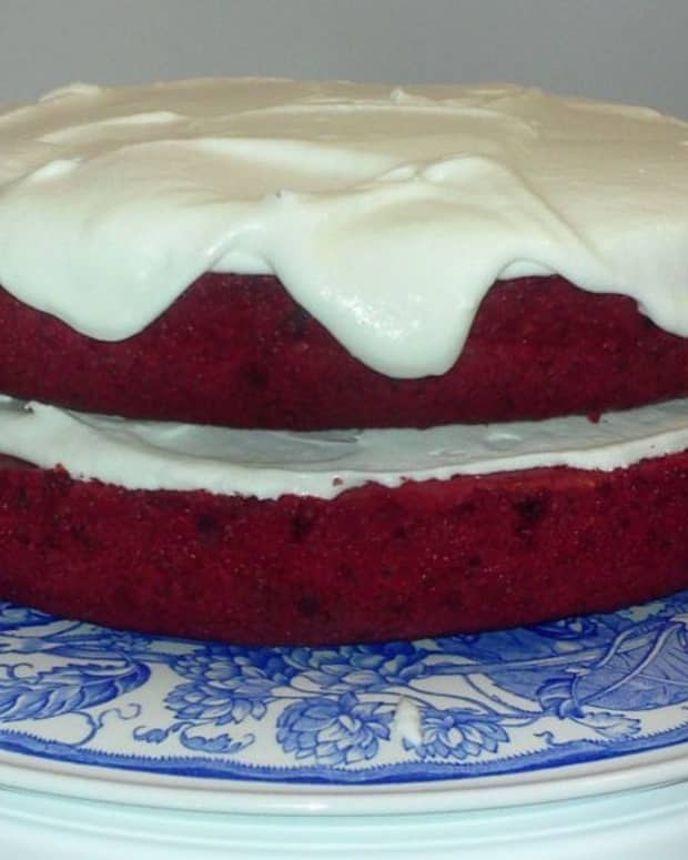 marias-red-velvet-cake
