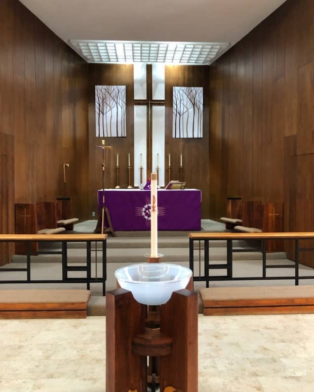 decorating-the-altar-for-lent-and-easter-foam-core-panels-and-acrylic-paint