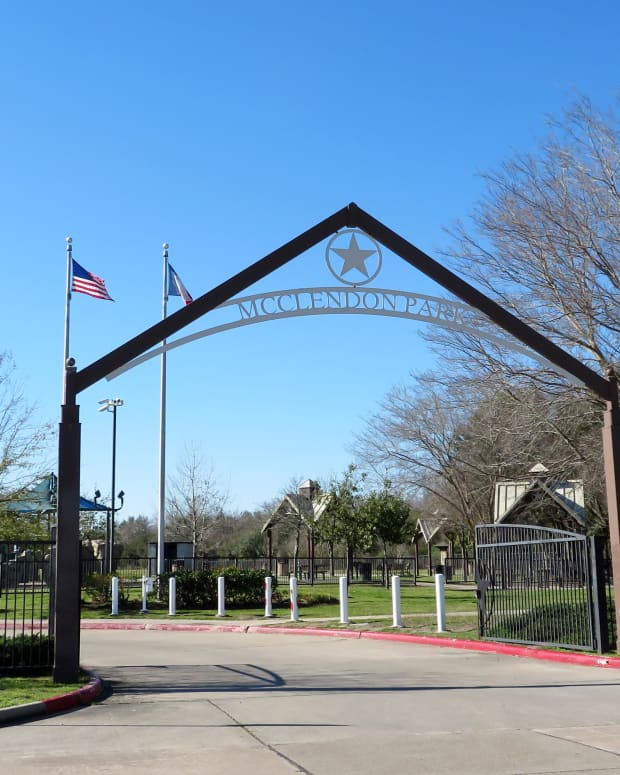 mcclendon-park-in-houston-exercise-play-and-learn