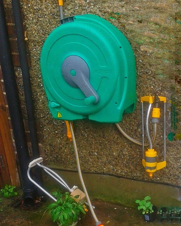 i-ve-got-a-hozelock-wallmounted-fast-reel-with-hose