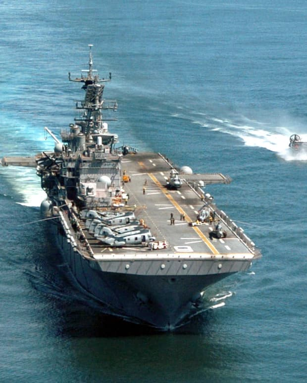 """USS Bonhomme Richard (LHD-6)(""""Revolutionary Gator"""") A Wasp-class Amphibious Assault ship. Current homeport in San Diego, California. Commissioned: August 15, 1998"""
