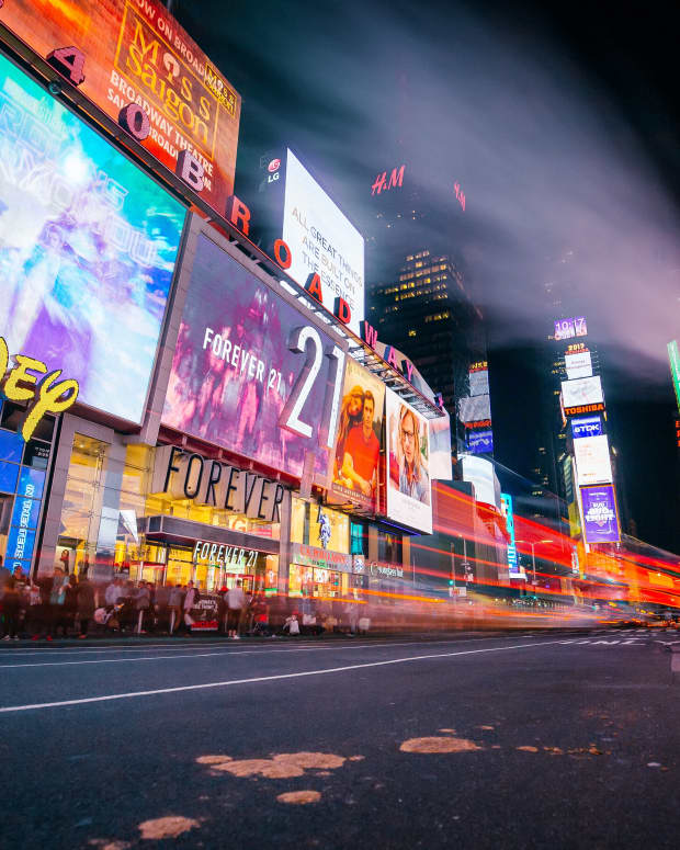 a-guide-to-shopping-in-times-square