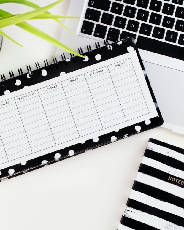 schedule-posts-facebook-page-creator-studio