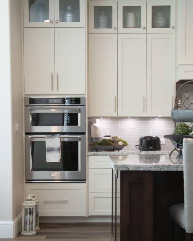 best-kitchen-cabinet-paint
