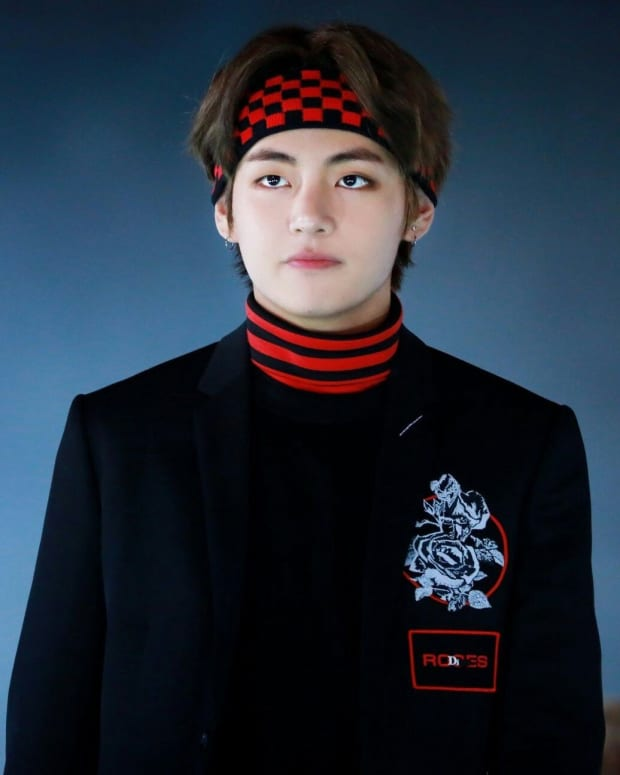 full-life-story-of-v-from-bts-and-fun-facts-at-the-end