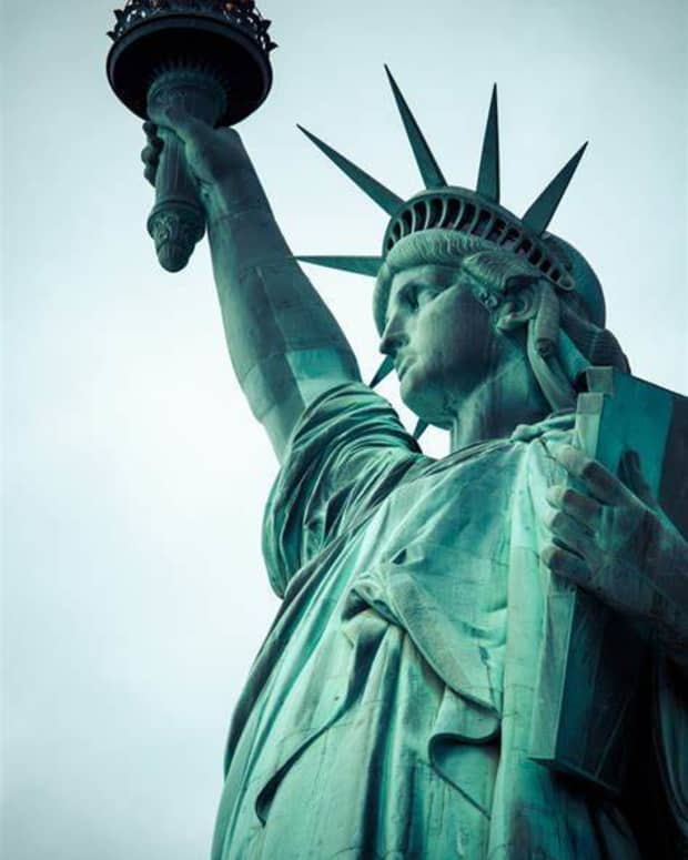 born-out-of-mans-need-to-be-free-live-freefree-to-pursue-happiness-america