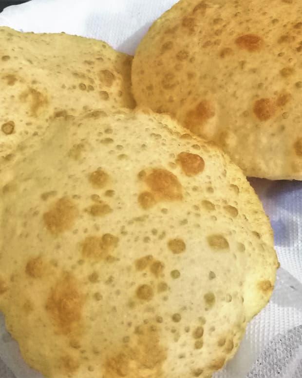 how-to-make-bhatura-dough-and-punjabi-bhature-recipe