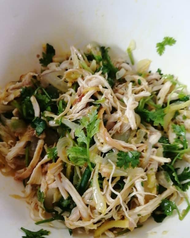 huro-hurbo-a-bangladeshi-traditional-chakma-chicken-salad