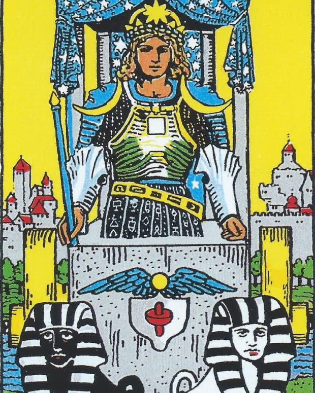 the-chariot-card-in-tarot-and-how-to-read-it