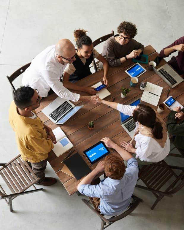 communication-skills-public-dealing