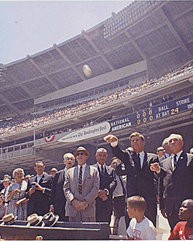 remembering-when-major-league-baseball-hosted-two-all-star-games-each-season