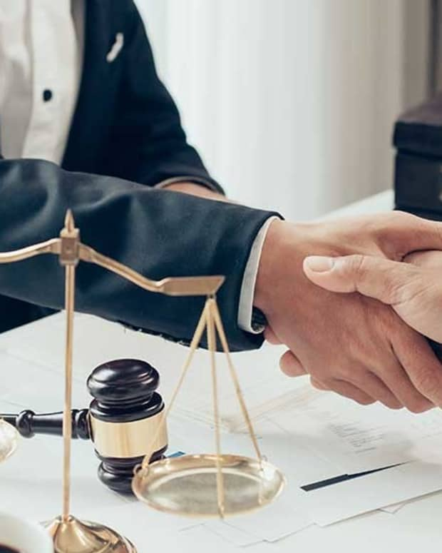 5-reasons-should-be-considered-before-hiringthe-bestlawyer