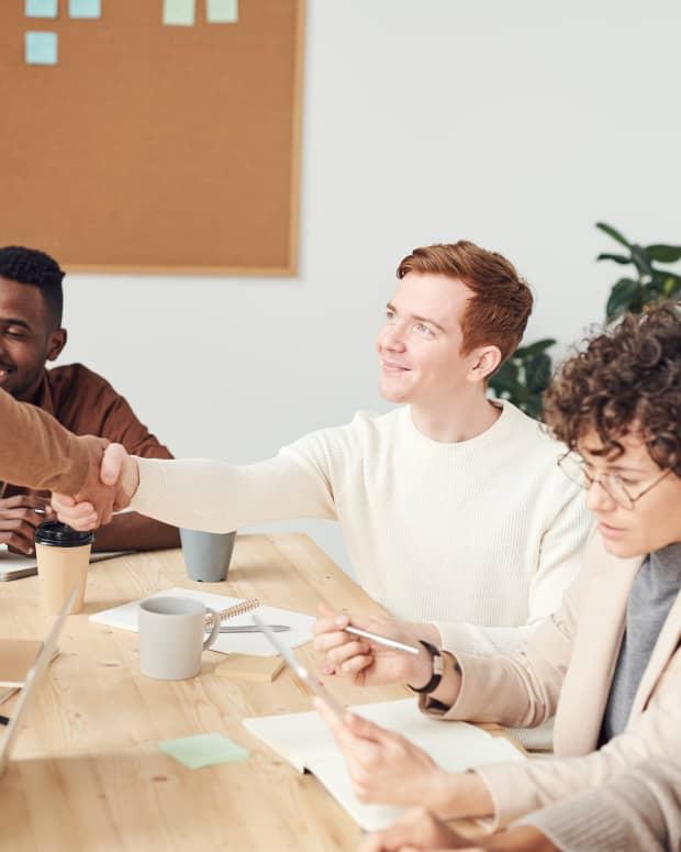 effective-communication-skills-professional-life